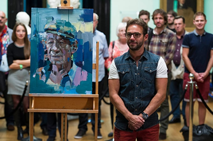 Christian Hook Wins The Sky Arts Portrait Artist of the Year 2014
