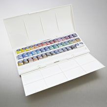 Winsor & Newton Cotman Watercolour Studio Set of 45 Half Pan