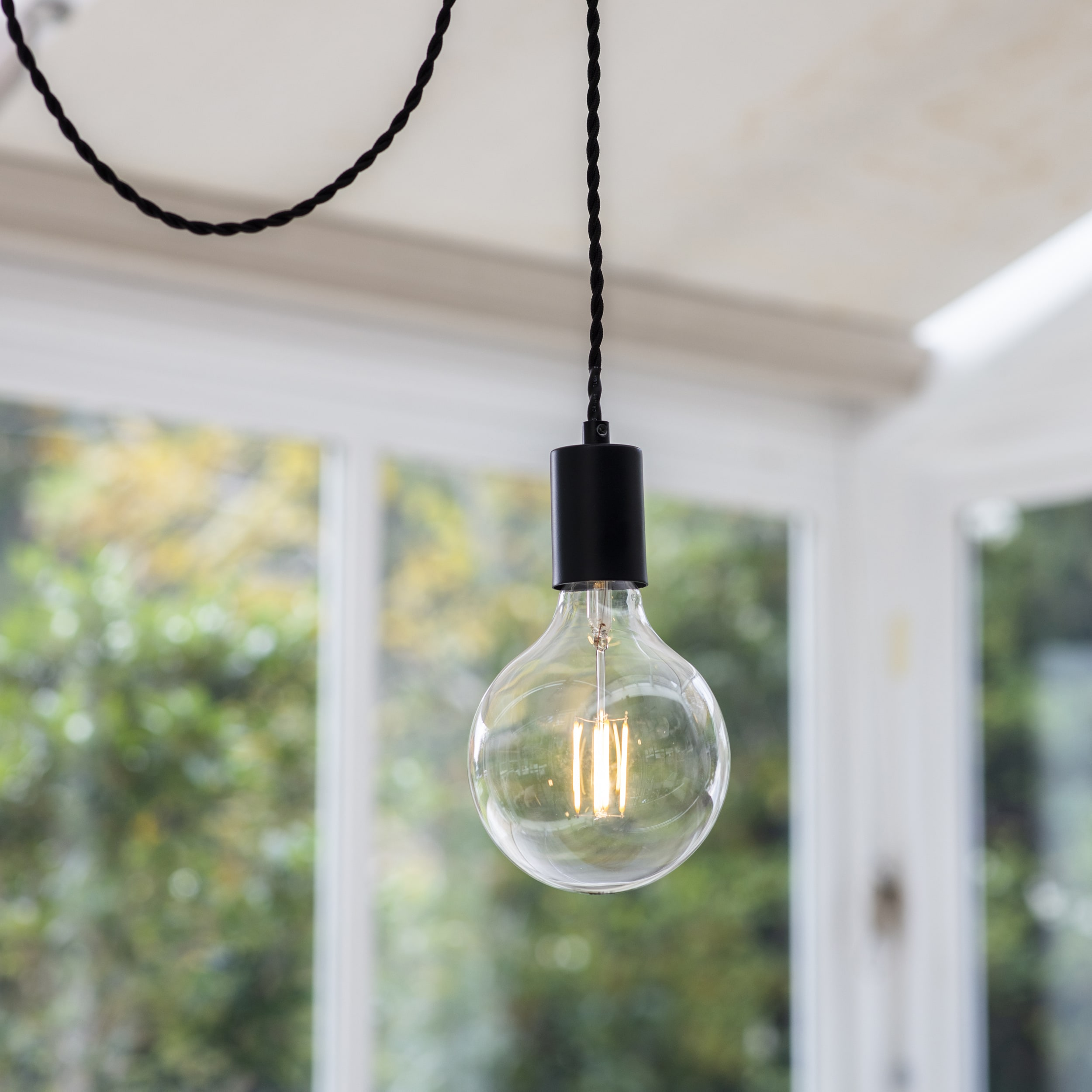 Soho Pendant Light in Black - Steel | Garden Trading
