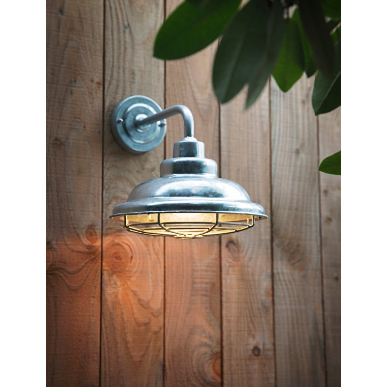 Hot Dipped Galvanised Steel St Ives Outdoor Mariner Light  | Garden Trading