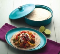 World of Flavours Mexican Ceramic Tortilla Warmer / Shallow Casserole