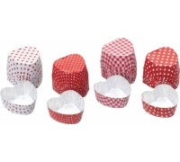 Sweetly Does It Pack of 40 Mini Heart Shaped Foil Cases