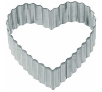 Kitchen Craft 6cm Fluted Heart Shaped Metal Cookie Cutter