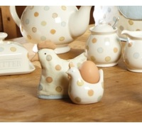 Classic Collection Ceramic Chicken Shaped Egg Cup