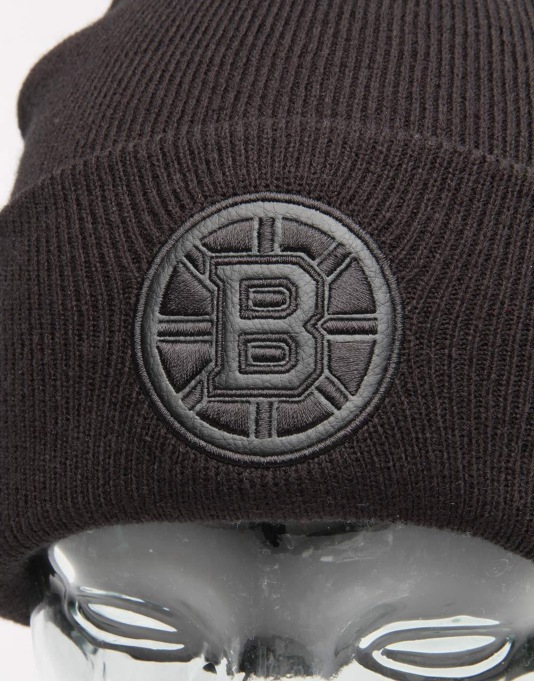 Mitchell & Ness NHL Boston Bruins Champ Cuff Beanie - Black