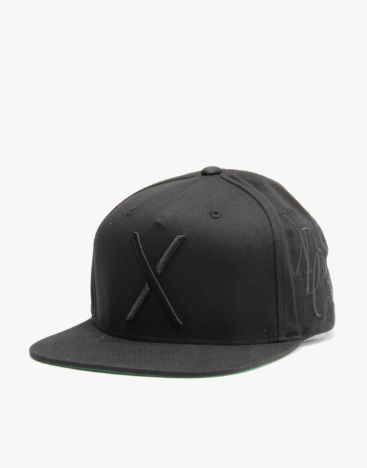 10Deep Full Clip Snapback Cap - Black