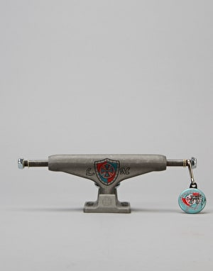 Independent Mountain Shield Stage 11 Hollow 139 Standard Pro Trucks