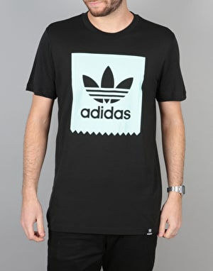 Adidas Blackbird  Logo Fill T-Shirt - Black/Ice Green