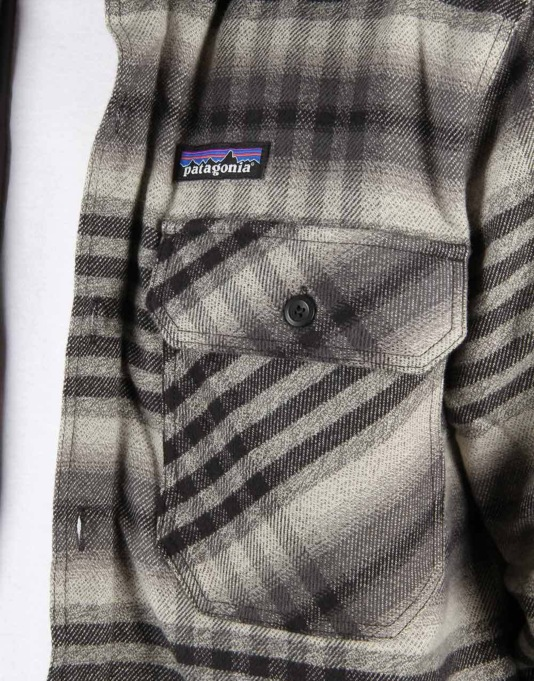 Patagonia Insulated Fjord Flannel Jacket - Winter Dusk- Black