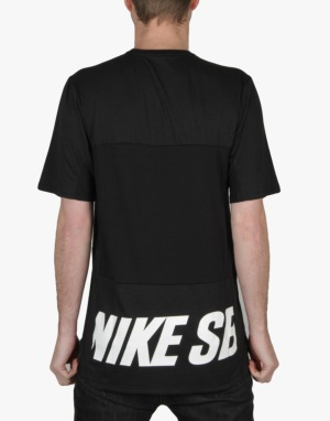 Nike SB Skyline Dri-FIT Cool Graphic Crew T-Shirt - Black/White