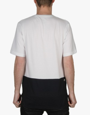 Nike SB Dri-FIT Pocket T-Shirt - White/Dark Obsidian