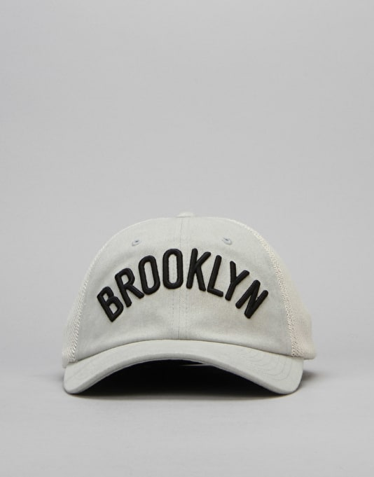 Mitchell & Ness NBA Brooklyn Nets Morbido Slouch Mesh Cap - Grey