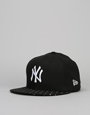 New Era 9Fifty MLB New York Yankees Polka Dot Snapback Cap - Black
