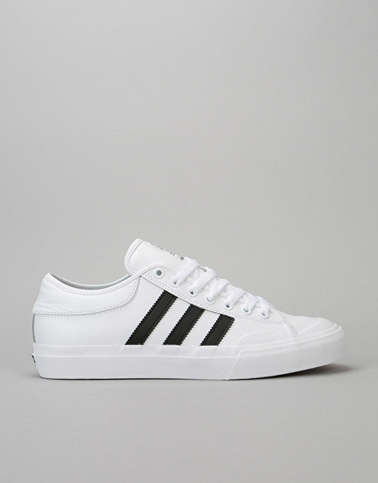 Adidas Matchcourt Skate Shoes - White/Core Black/Gum