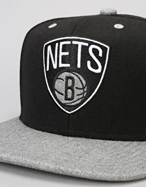 Mitchell & Ness NBA Brooklyn Nets Greytist Snapback Cap - Black/Grey