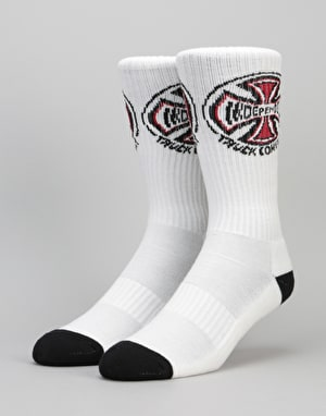 Independent 2 Pack Crew Socks - White