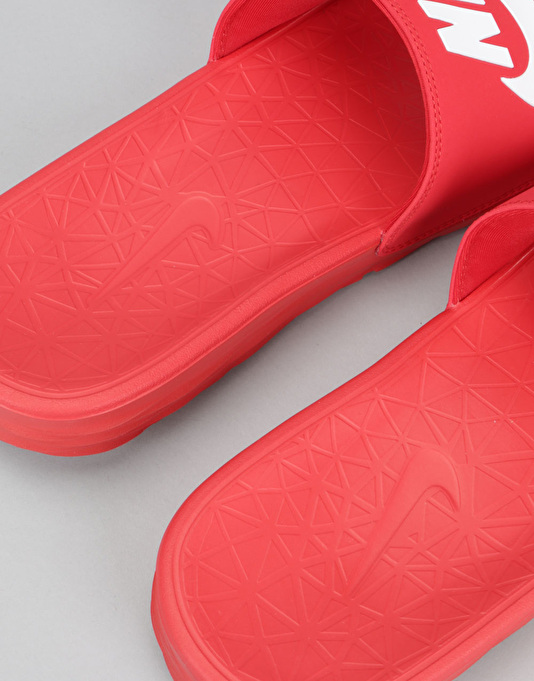 Nike SB Benassi Solarsoft Slides - University Red/White