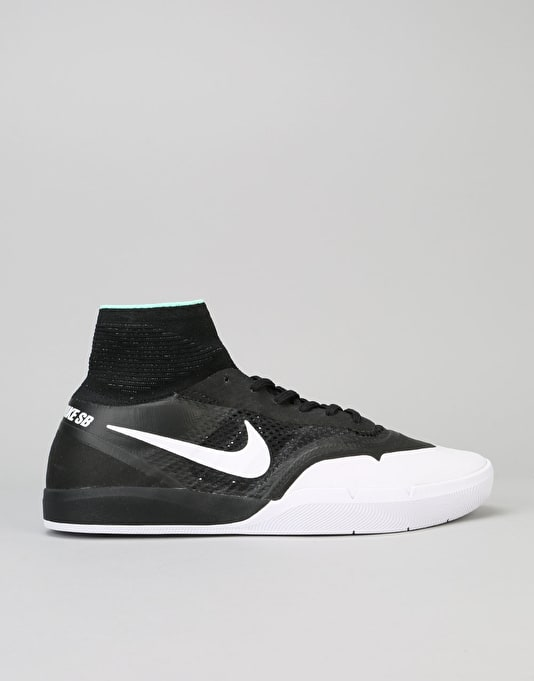 Nike SB Koston 3 XT Skate Shoes - Black/White