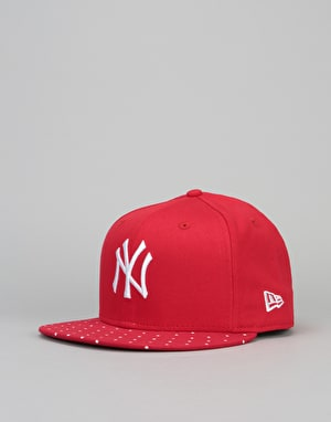 New Era 9Fifty MLB New York Yankees Polka Dot Snapback Cap - Scarlet