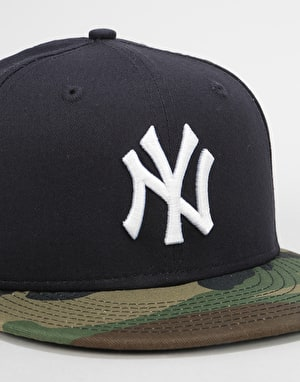 New Era 9Fifty MLB New York Yankees Camo Snapback Cap - Navy