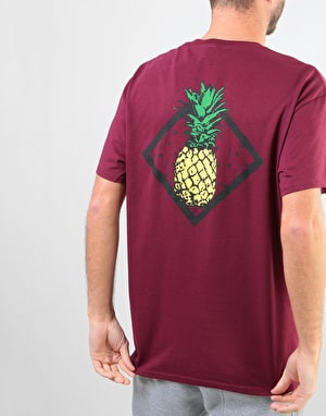 Original Pineapple T-Shirt - Burgundy