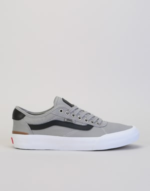 Vans Chima Pro II Skate Shoes - Drizzle/Black/White