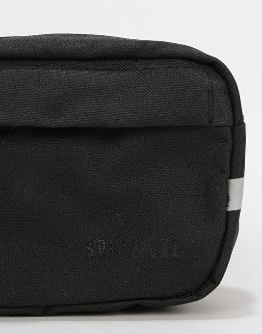 Route One Classic Cross Body Bag - Black