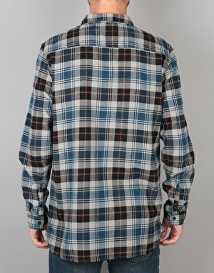 Globe Dock L/S Shirt - Bone
