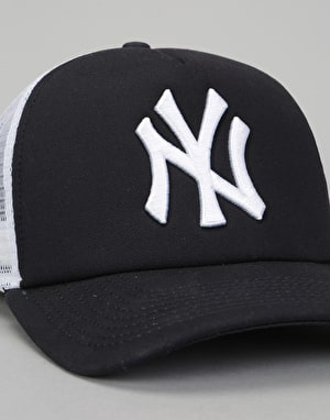 New Era MLB New York Yankees Clean A Frame Trucker Cap - Navy/White