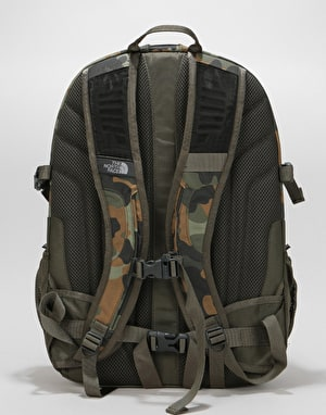 The North Face Borealis Classic Backpack - New Taupe Green Macrofleck