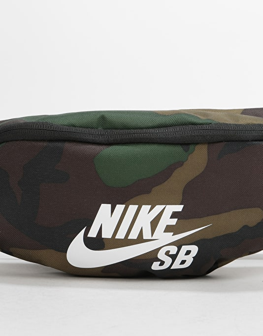 Nike SB Heritage Small Cross Body Bag - Iguana/Black/White