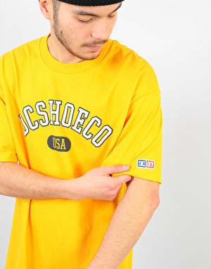 DC Arch T-Shirt - Golden Rod