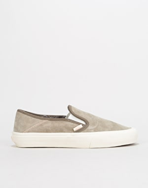 Vans Slip-On SF Skate Shoes - (Wolf Pack) Desert Taupe