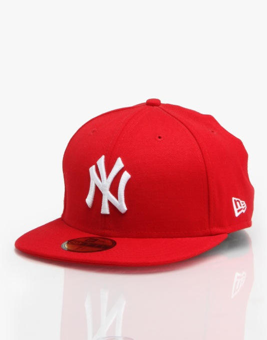 New Era MLB NY Yankees Basic Fitted Cap - Scarlet/White