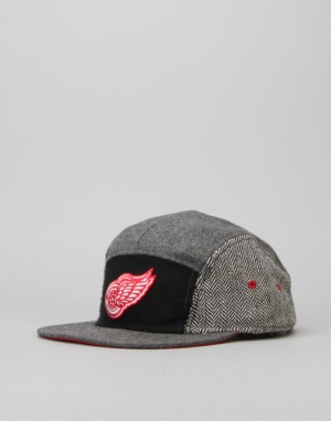 Mitchell & Ness NHL Detroit Red Wings 5 Panel Cap - Black/Grey