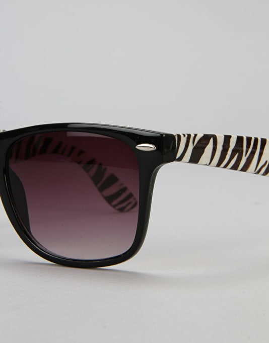 Route One Basics Zebra Arm Wayfarer Sunglasses - Black/White