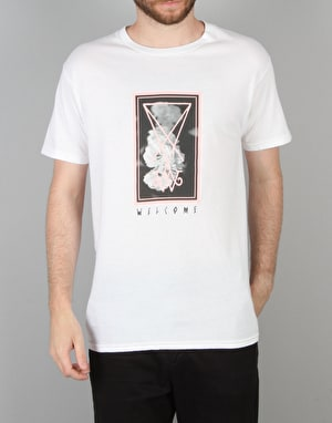 Welcome Roses T-Shirt - White/Black/Pink