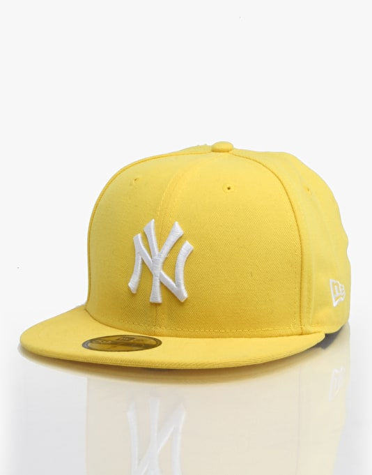 New Era MLB NY Yankees Basic Fitted Cap - Gold/White