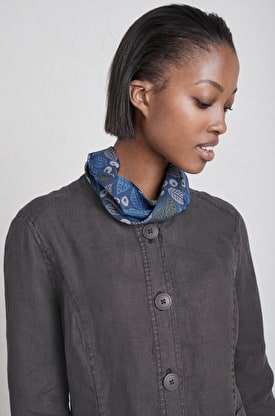 Magnetic Clasp Scarf