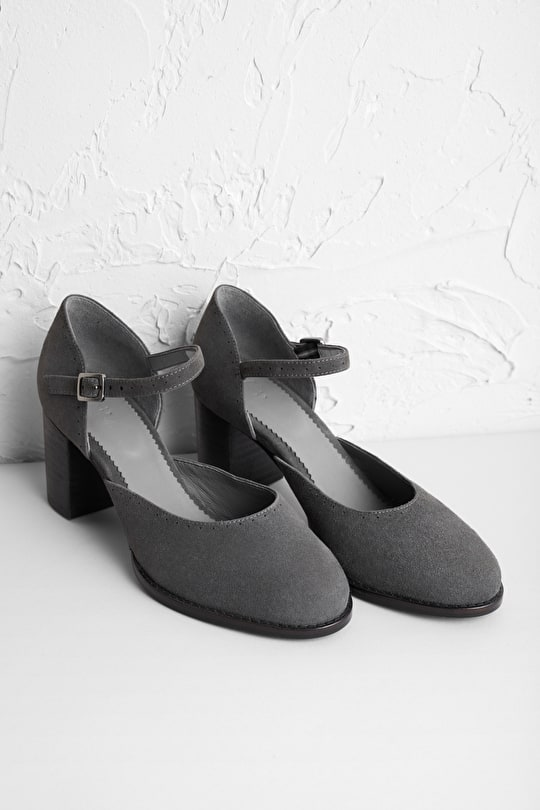 Evie Shoe, Elegant Heels. Suede Sandals With Sea Air® Insole