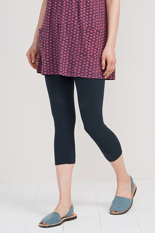 Sea Dance Cropped Leggings