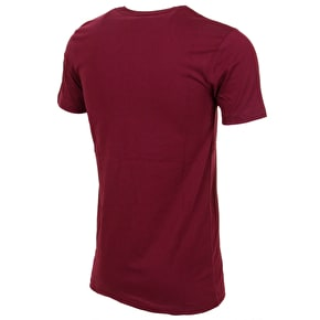 Hype Breast Mini Script T-Shirt - Burgundy/White