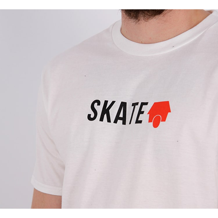 SkateHut Skate Logo T Shirt - White/Red