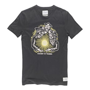 Element T-Shirt - Gold Fever - Black