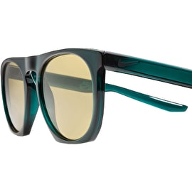 Nike SB Flatspot Sunglasses - Dark Atomic Teal/Black With Amber Lens