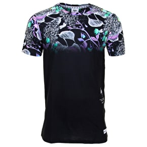 Hype Midnight Floral Fade T-Shirt