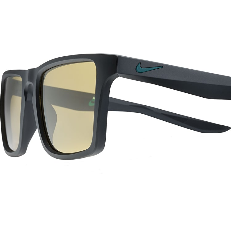 Nike SB Verge Sunglasses - Matte Black/Dark Atomic Teal With Amber Lens