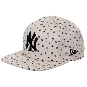 New Era 9Fifty NY Micro Palm Snapback Cap