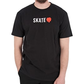 SkateHut Skate Logo T shirt - Black/Red