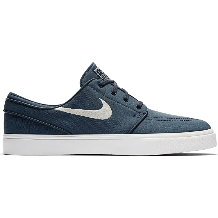 Nike Junior Zoom Stefan Janoski Canvas Trainer CP630